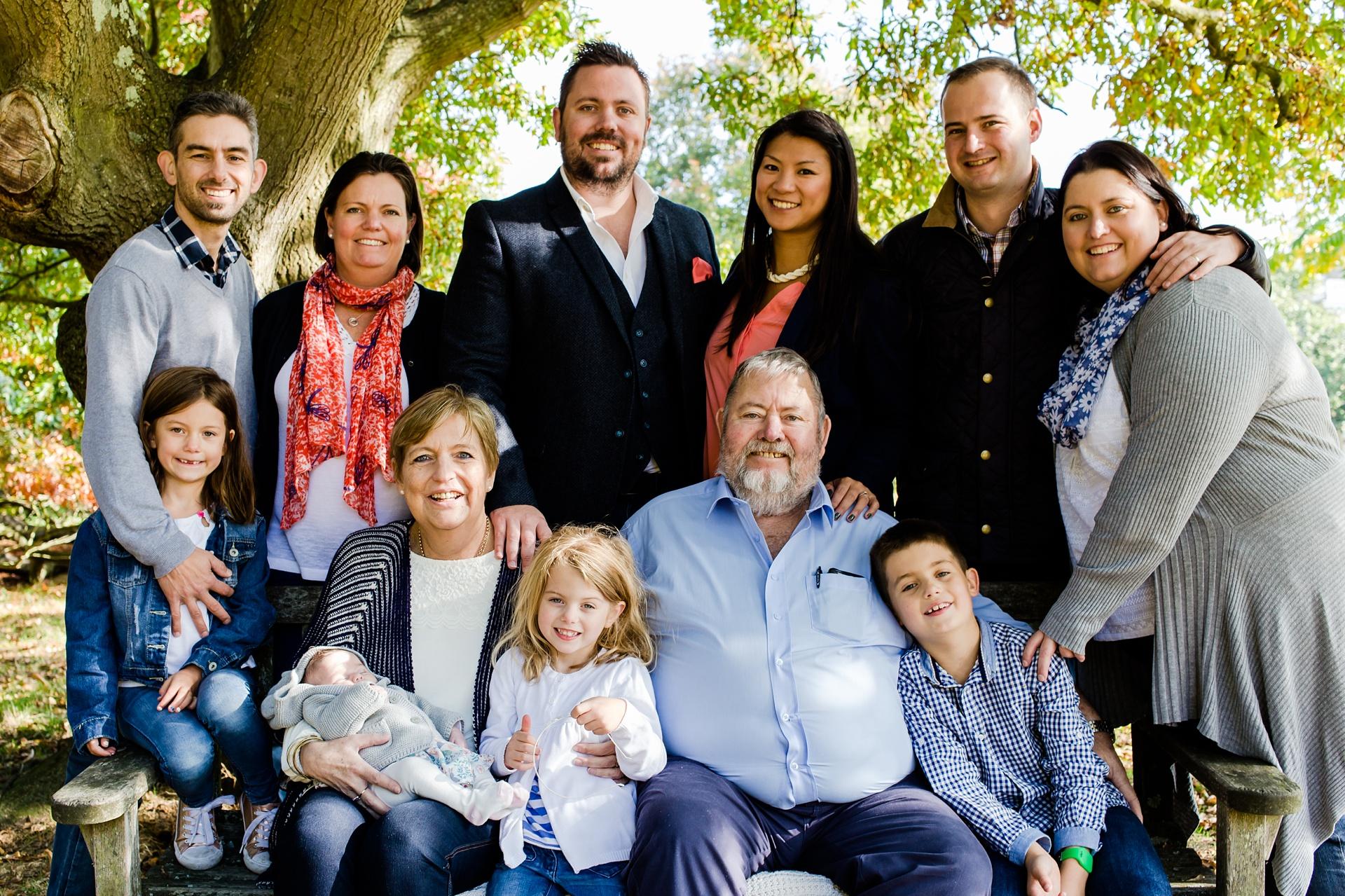 Large family group photo shoot