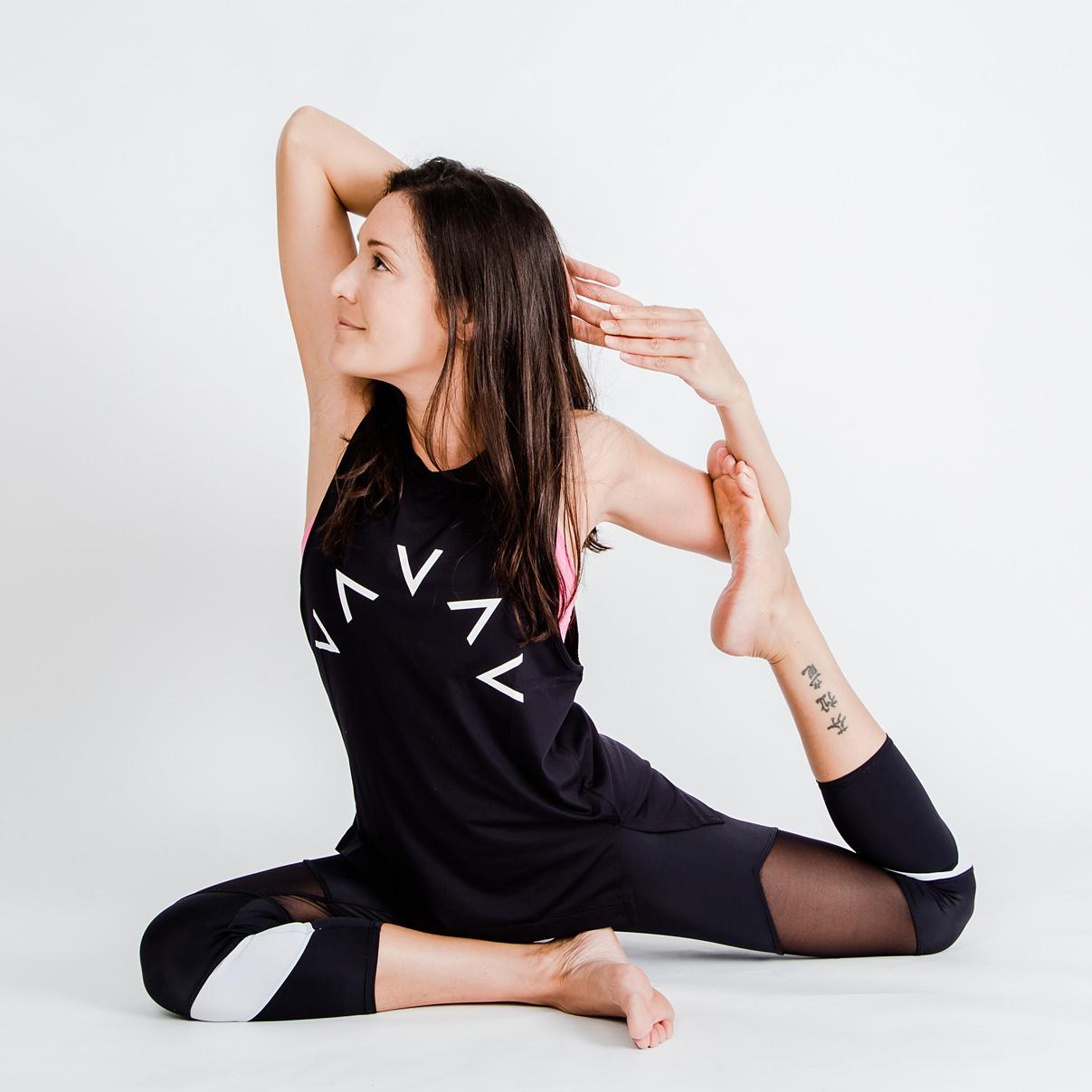 Faine Yoga 041b2s_WEB